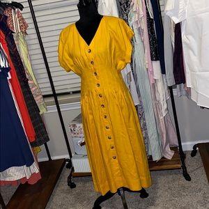 Golden poppy linen dress size 6 by Antonio Melani.